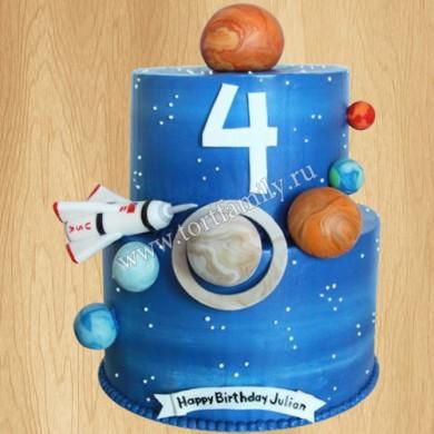 Двухъярусный торт в стиле космос
