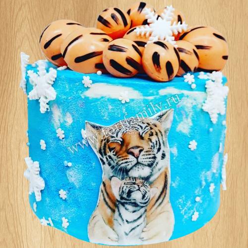 Торт со снегом