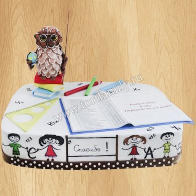 Торт с фигурой сова ученая