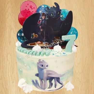 Торт Иккинг и дракон Беззубик