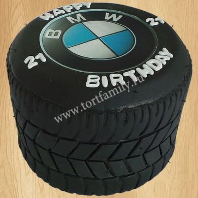 Торт в виде шины BMW