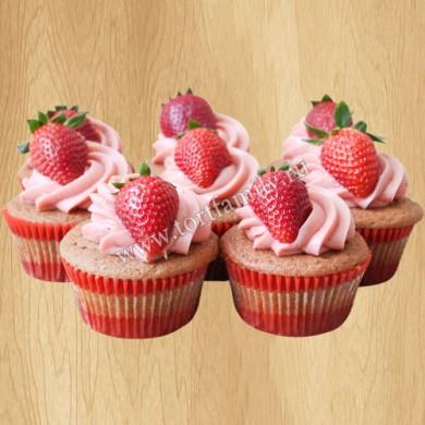 Капкейки на 14 февраля с ягодами