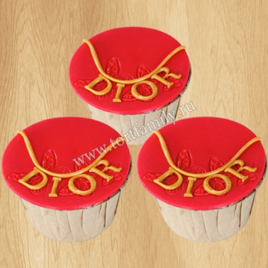 Капкейки Christian Dior