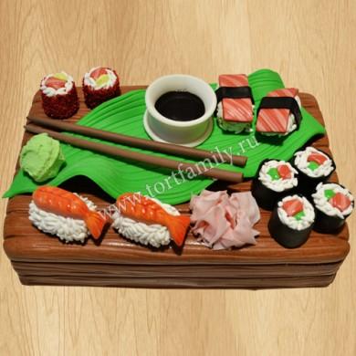 Торт из суши и роллов