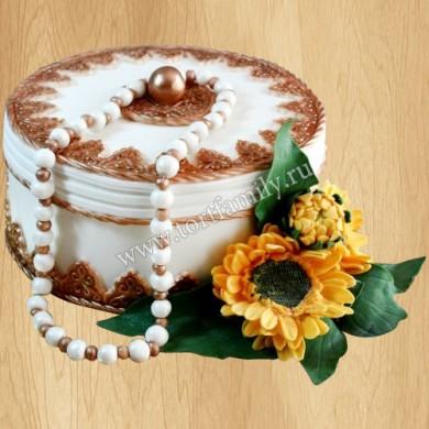 Торт в виде шкатулки
