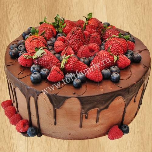 Торт с шоколадными подтеками мужчине