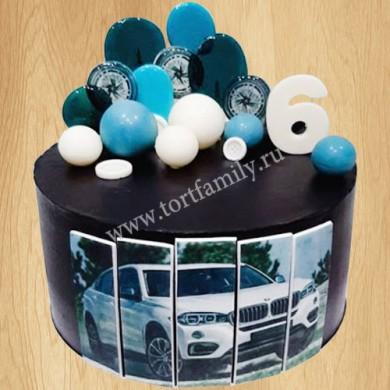 Торт с машиной БМВ