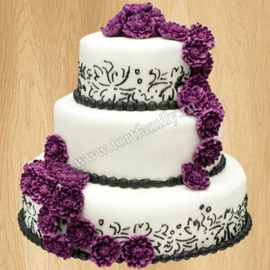 Многоярусный свадебный торт с хризантемами