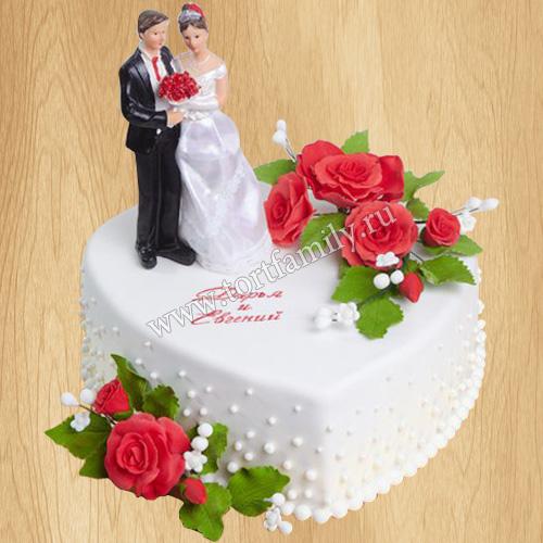 Торт в виде сердца на свадьбу