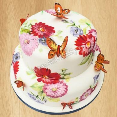 Торт с цветами и бабочками