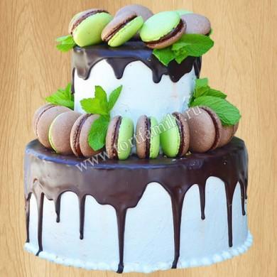 Торт с макарунами