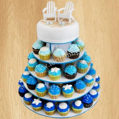 Свадебный торт с капкейками в морском стиле