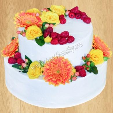 Торт с живыми хризантемами