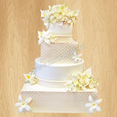 Свадебный торт цвета слоновой кости
